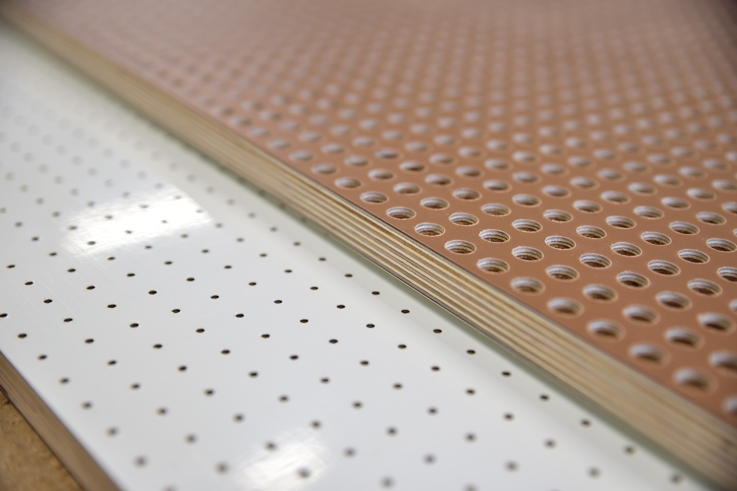 Perforated acoustic panels. The best solution for applications where insulation, acoustic performance, durability and design are required.